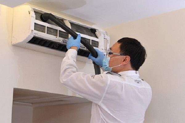 Dịch vụ vệ sinh máy lạnh tại đà nẵng